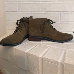 Seychelles brown/tan boots
